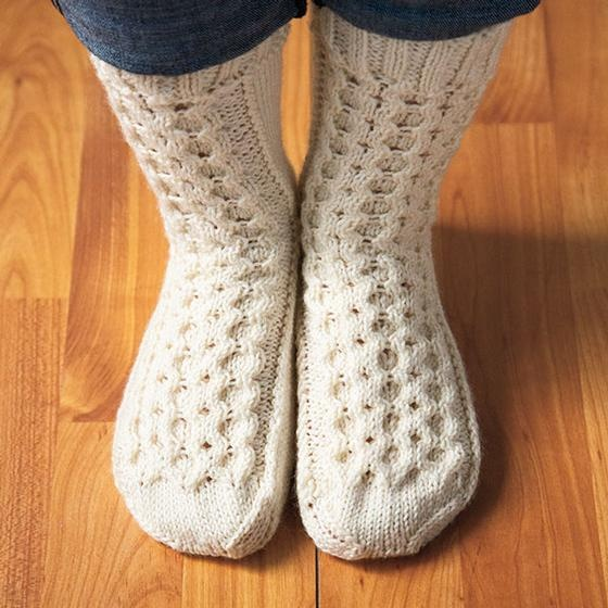 Honeycomb Cable Slipper Socks