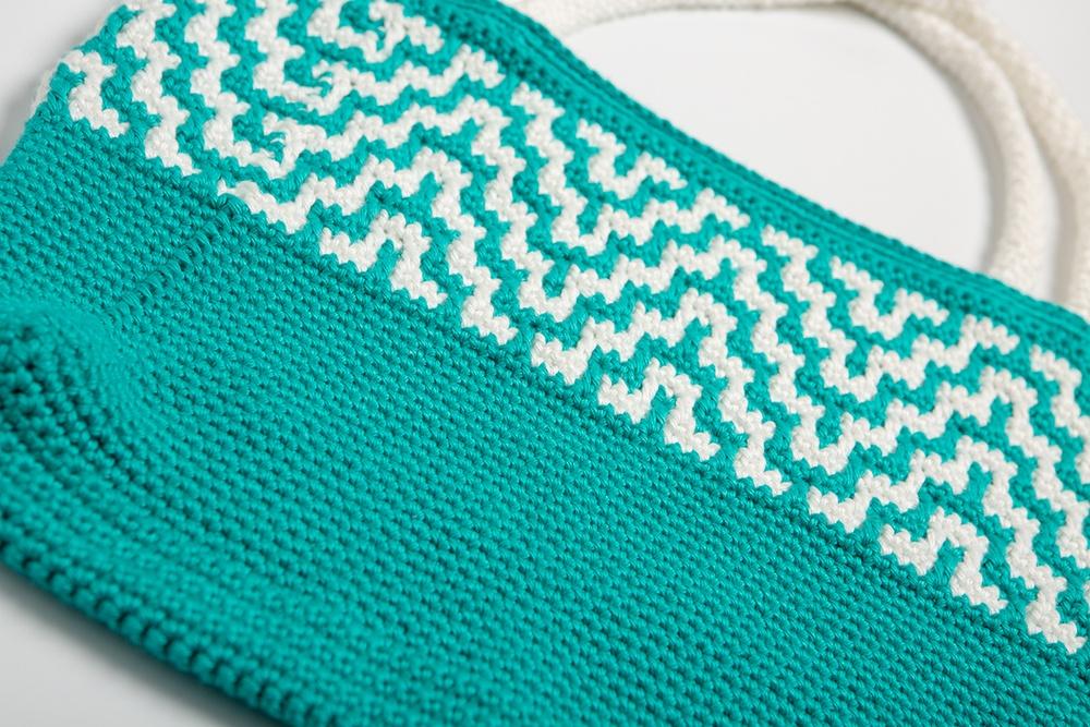 Free Mosaic Crochet Tote Bag Pattern