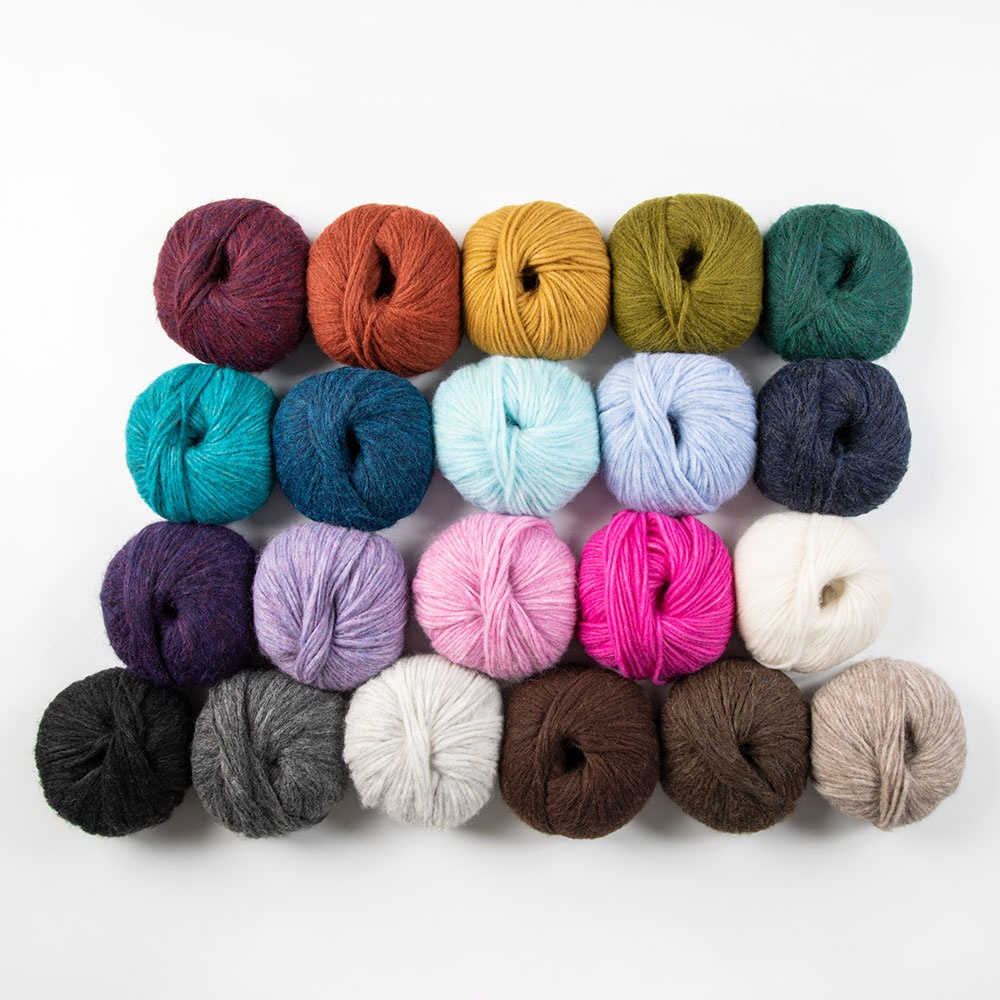Wonderfluff Soft Yarn