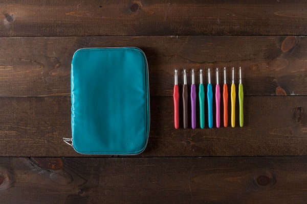 Crochet Hooks and Case - Teal
