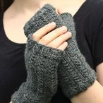 Grass-Stitch Mitts