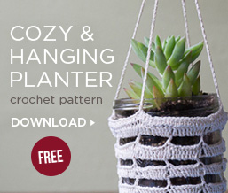 Cozy & Hanging Planter