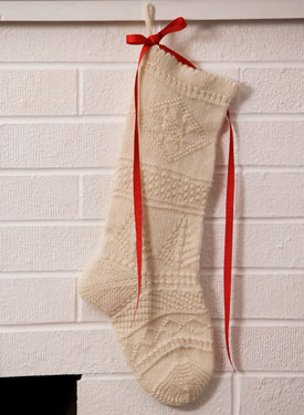 Mix-It-Up Textured Christmas Stocking Pattern - Knitting Patterns and Crochet...