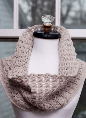 Pavo Knit Lace Cowl