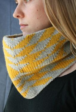 Arrows Cowl