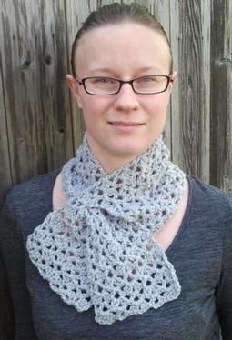 Double Fan Stitch Keyhole Crochet Scarf