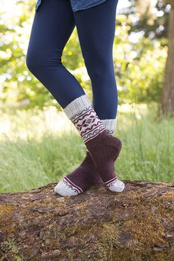 Trailside Socks Pattern