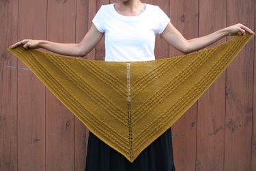 Goldie Shawl Pattern