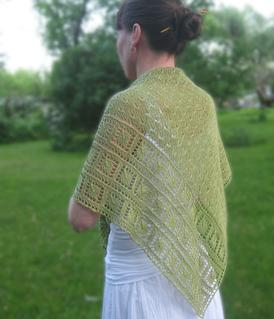 Leaf Garland Shawl