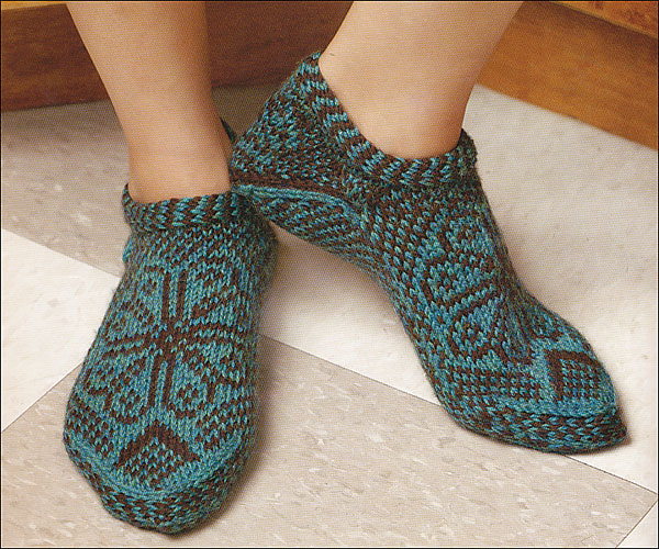Knitting On The Net Slippers : Knitting scandinavian slippers and socks from knitpicks