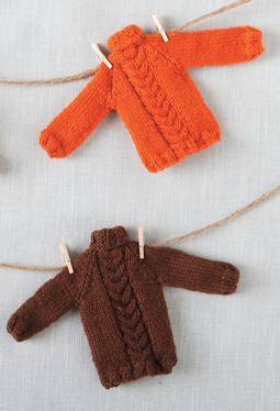 Tiny Holiday Sweater Ornament Pattern
