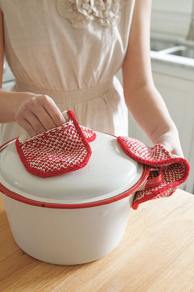 Pot Grabbers Knitting Patterns And Crochet Patterns From