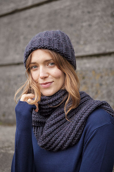 Aberdeen Hat And Scarf Knitting Patterns And Crochet Patterns From