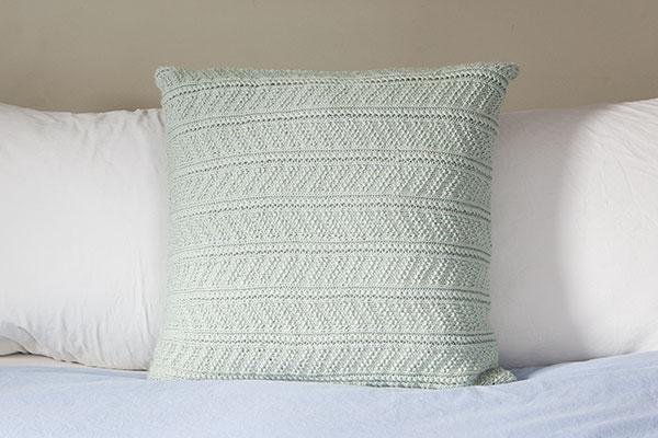 Delaram Cushion Knitting Patterns And Crochet Patterns From