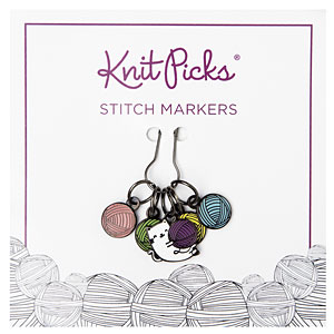 Kitty with Yarn Ball Stitch Markers