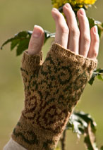 Swirly Gig Fingerless Mitts Pattern Pattern