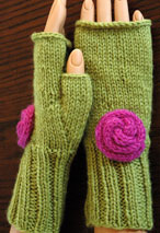 Rosy Fingerless Gloves Pattern