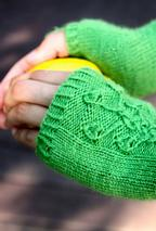 Viridescent Fingerless Mitts Pattern