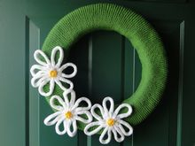 Daisy Wreath Pattern Pattern