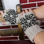 Midnight Suns Fingerless Mitts Pattern