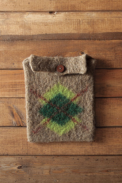 Felted Tablet Cozies - Argyle version Pattern
