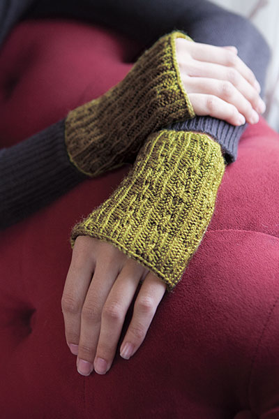 Kettenglied Fingerless Mitts Pattern