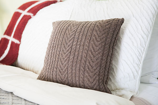 Antler Cable Pillow Pattern