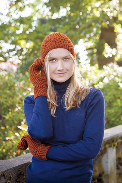 Zigzagging Hat and Mittens Pattern