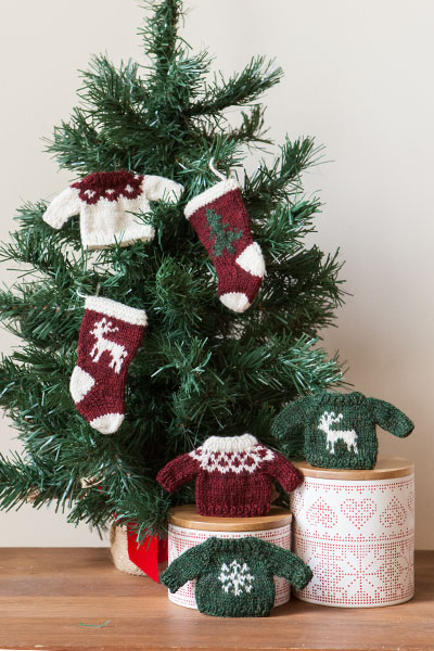 Sweater and Stocking Ornaments Pattern