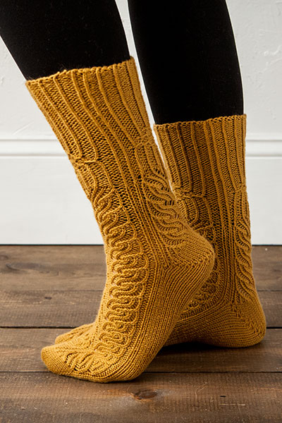 Twisted Rib Cablemania Socks Pattern