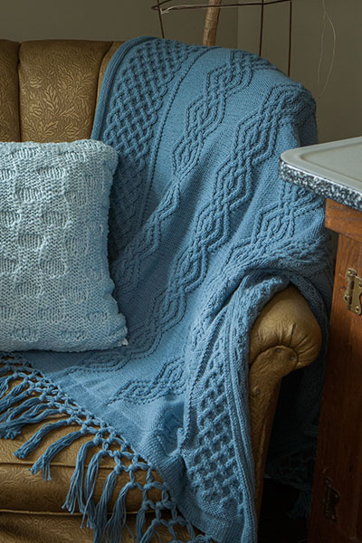 Larkshead Throw Pattern