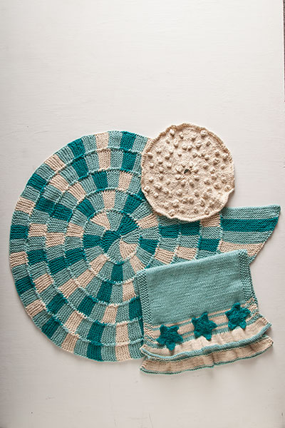 Sand and Sea Bath Set Pattern