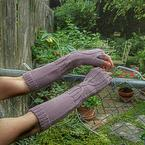 Hour Glass Arm Warmers Pattern